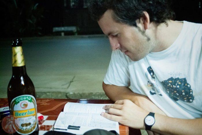 Planificando con una Beer Lao fresquita