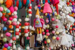 Compras en la calle principal de Pokhara