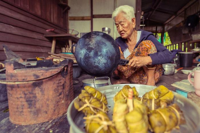 Mujer norte de Tailandia