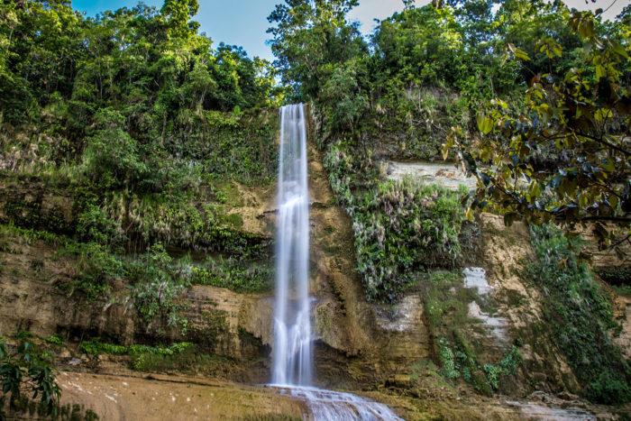Can Umantad Falls