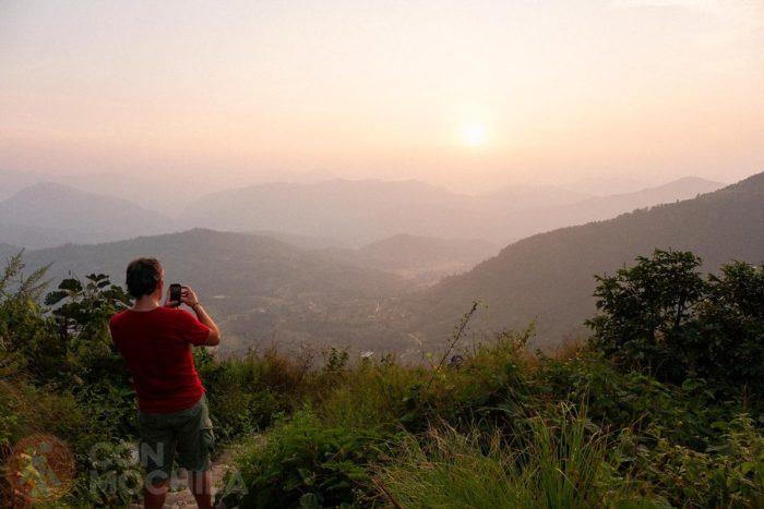 Puesta de sol desde la Gurungche hill