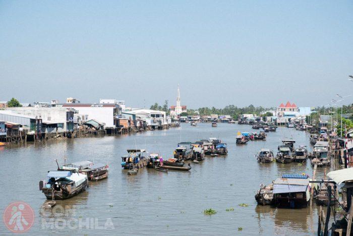 El Mekong visto desde uno de los puentes