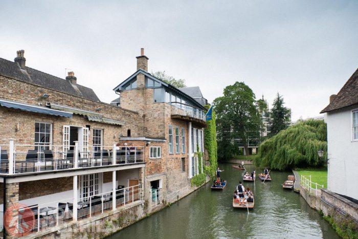 Típica estampa de Cambridge