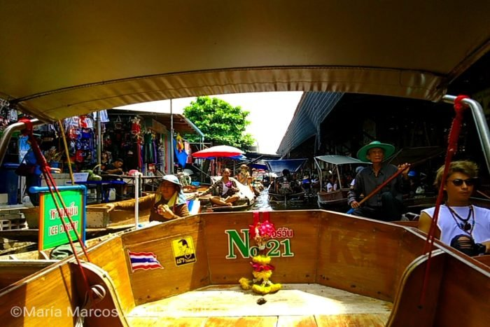 Los ríos asiáticos eras sitios perfectos donde sus lugareños llenaban de vida para formar su comunidad. Ahora estos mercados flotantes sirven de atractivo para los turistas.