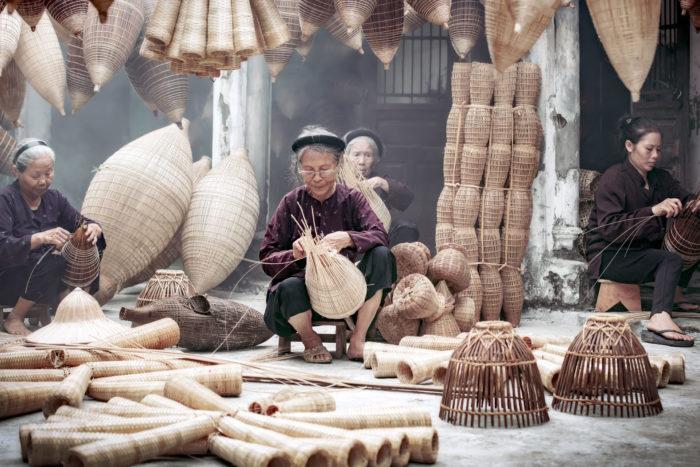 Mujeres trabajan Vietnam